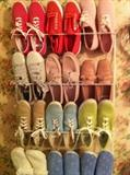 shoes (size 9-10)